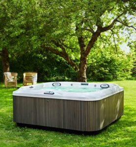 Spring 2017 Jacuzzi Hot Tub Promotion